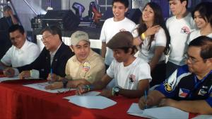Partnerships born: anti-crime NGO A2S5 entered into MOA's with the Dangerous Drugs Board as well as leading gun organizations in the Philippines in signing ceremonies held during the Firearms Enthusiasts' Day (Photo by IGG)