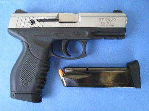 Modern Classic: The Taurus 24/7 Gen1 can easily win any pistol beauty contest! Among its features is an internal locking system that can bve activated by turning the keyhole behind the extractor. (Photo by IGG)